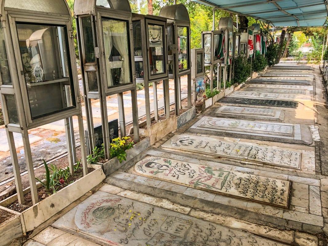 Cementerio en Teheran